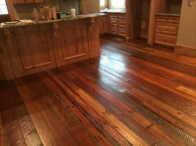 wide plank pine wood flooring